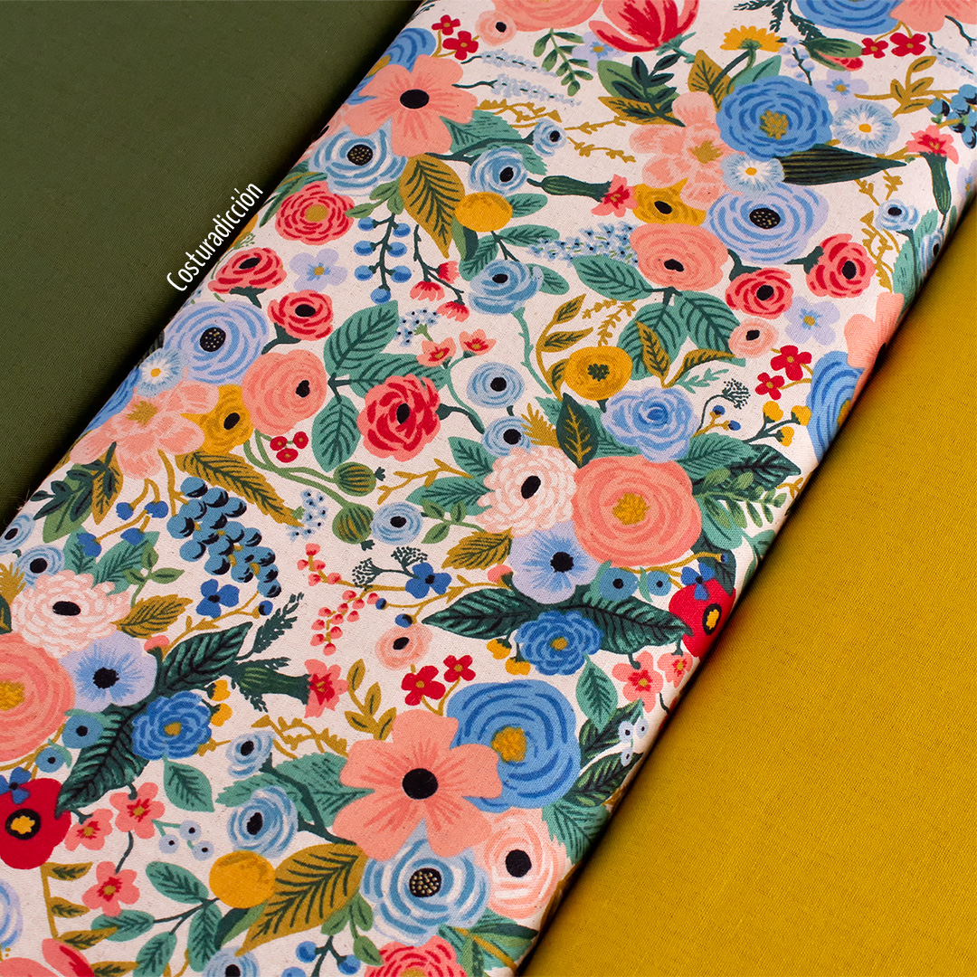 Imagen de producto: https://tienda.costuradiccion.com/img/articulos/secundarias13475-tela-rifle-paper-wildwood-garden-party-azul-loneta-medio-metro-16.jpg