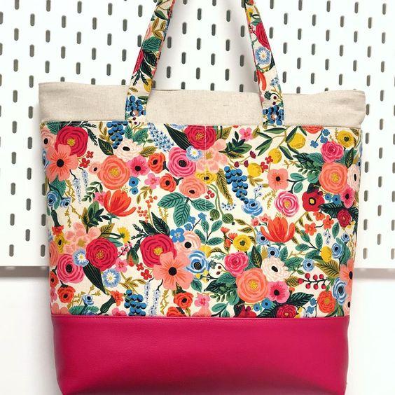 Imagen de producto: https://tienda.costuradiccion.com/img/articulos/secundarias13476-tela-wildwood-garden-party-rosa-loneta-media-yarda-12.jpg