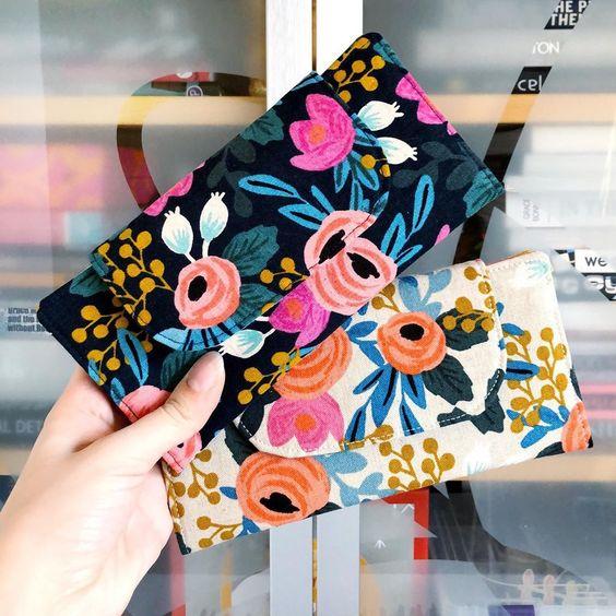 Imagen de producto: https://tienda.costuradiccion.com/img/articulos/secundarias13478-tela-les-fleurs-rosa-floral-loneta-crudo-media-yarda-9.jpg