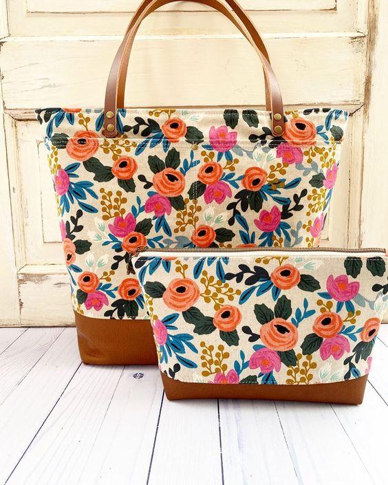 Imagen de producto: https://tienda.costuradiccion.com/img/articulos/secundarias13478-tela-rifle-paper-les-fleurs-rosa-floral-crudo-loneta-medio-metro-15.jpg