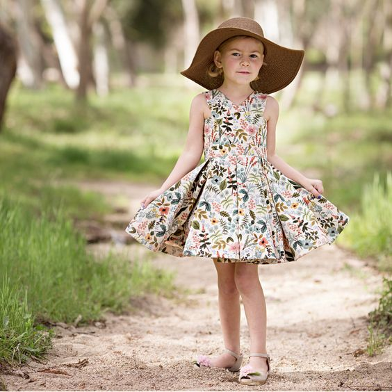 Imagen de producto: https://tienda.costuradiccion.com/img/articulos/secundarias13479-tela-amalfi-herb-garden-algodon-media-yarda-4.jpg