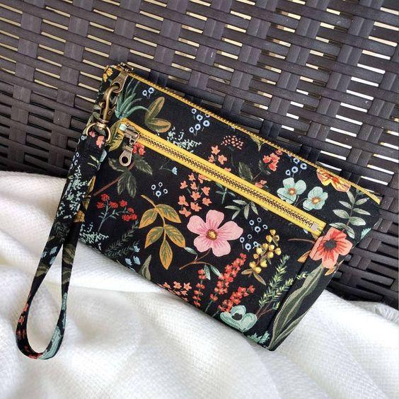 Imagen de producto: https://tienda.costuradiccion.com/img/articulos/secundarias13480-tela-les-fleurs-rosa-floral-loneta-negra-media-yarda-4.jpg