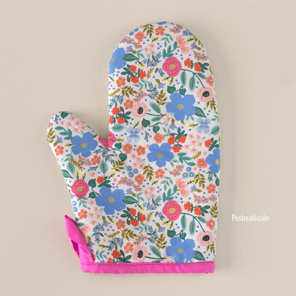 Imagen de producto: https://tienda.costuradiccion.com/img/articulos/secundarias13485-tela-rifle-paper-primavera-wild-rose-crema-algodon-con-metalizado-media-yarda-7.jpg
