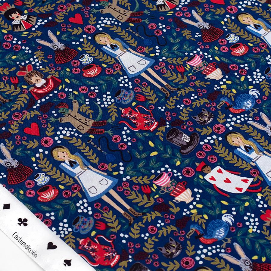 Imagen de producto: https://tienda.costuradiccion.com/img/articulos/secundarias13723-tela-rifle-paper-wonderland-azul-marino-algodon-con-metalizado-media-yarda-11.jpg