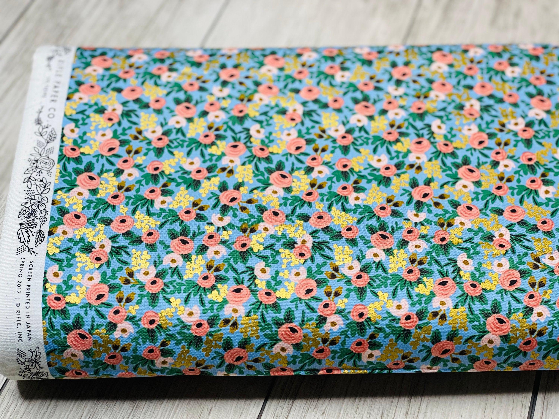 Imagen de producto: https://tienda.costuradiccion.com/img/articulos/secundarias14543-tela-rifle-paper-garden-party-chambray-azul-con-metalizado-algodon-50-x-55-cm-2.jpg
