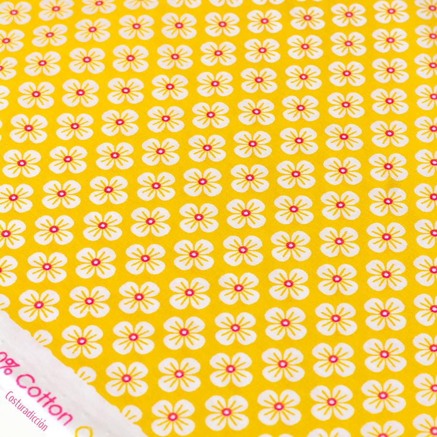 Imagen de producto: https://tienda.costuradiccion.com/img/articulos/secundarias14547-tela-poppy-flores-japonesas-amarillas-algodon-50-x-75-cm-1.jpg